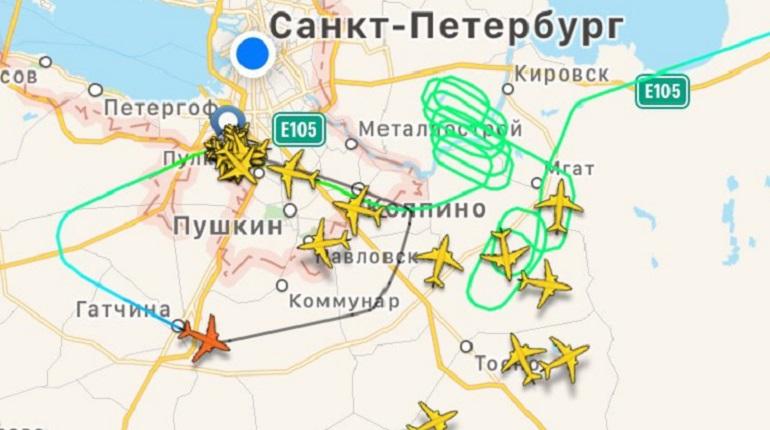 Самолет из Мурманска не смог сесть в Пулково и улетел в Москву