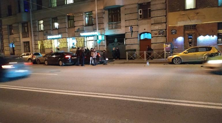 Авария на Большом проспекте П. С. Фото: vk.com/spb_today