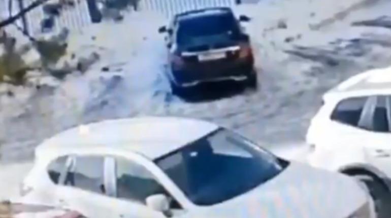 В Петербурге членов этнической ОПГ будут судить за кражи VIP-авто