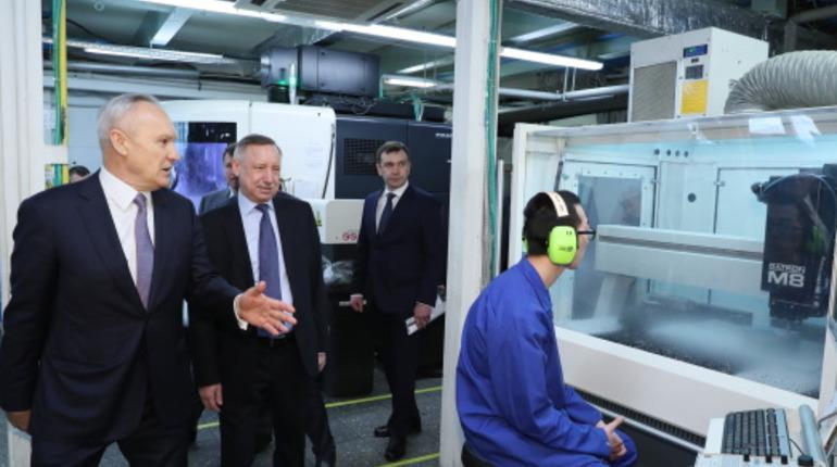 Врио губернатора Петербурга Александр Беглов посетил производство компании