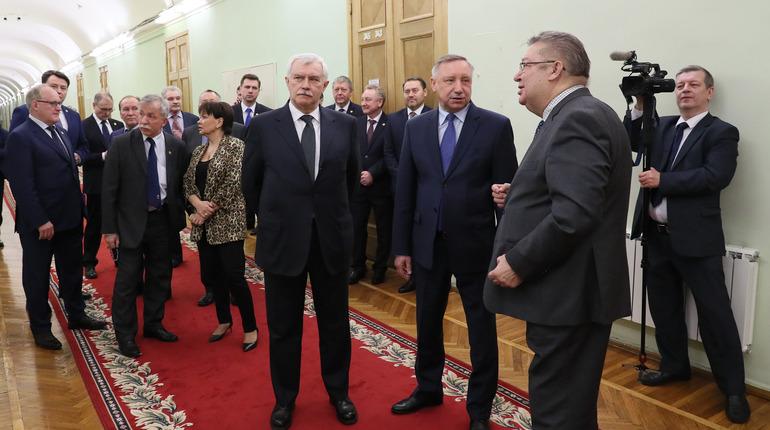 Врио губернатора Петербурга Александр Беглов на выставке в честь 25-летия правительства Петербурга. Фото: gov.spb.ru