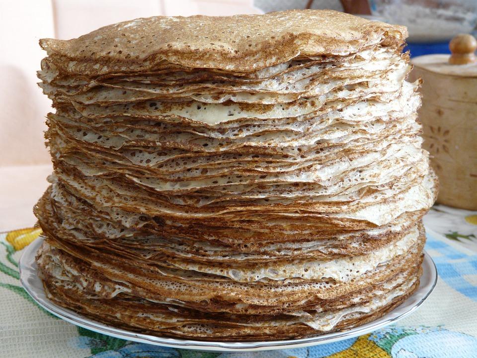 Кулинары во Франции установили рекорд по приготовлению блинов