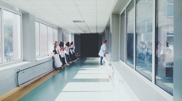ТФОМС предложил комитету по здравоохранению разобраться с очередями на скрининг колоректального рака. Фото: pixabay.com
