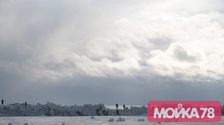 На Финском заливе образовались торосы. Фото: Мойка78
