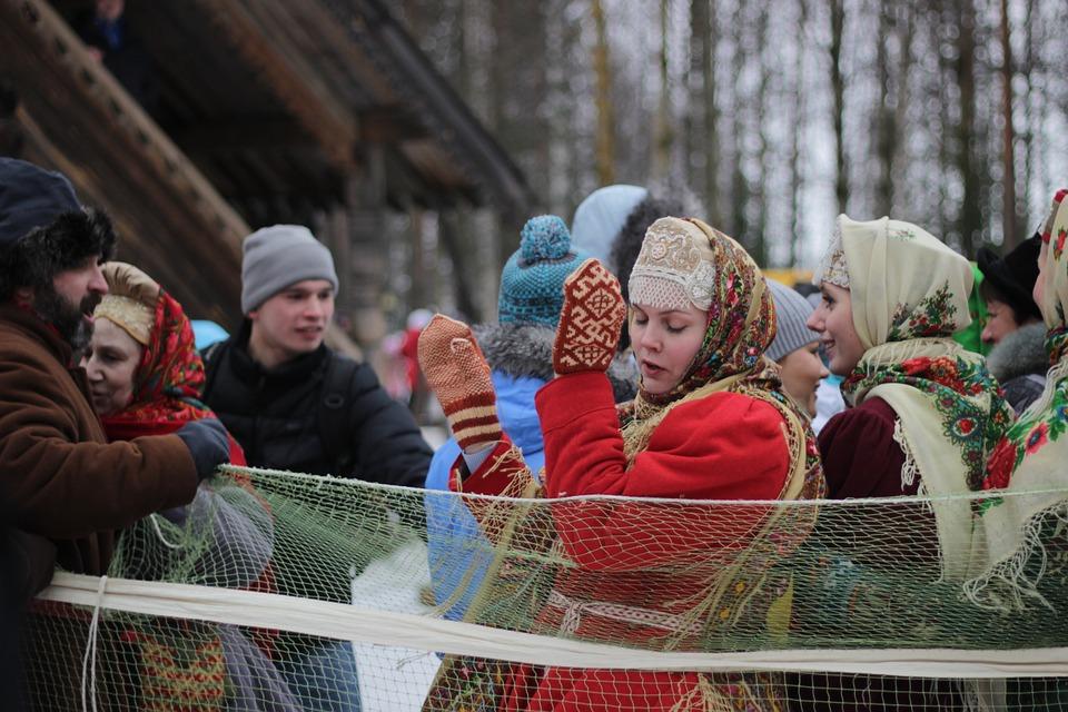 Где отпраздновать Масленицу и поесть блинов 9 марта в Петербурге