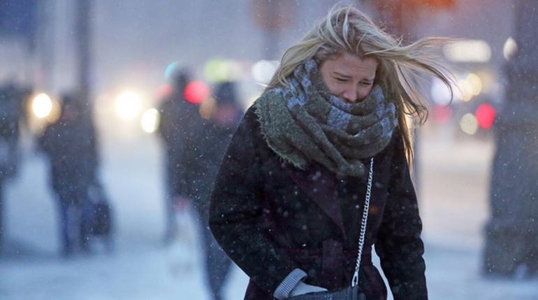 В Петербург 18 ноября придёт циклон со снегом и сильным ветром
