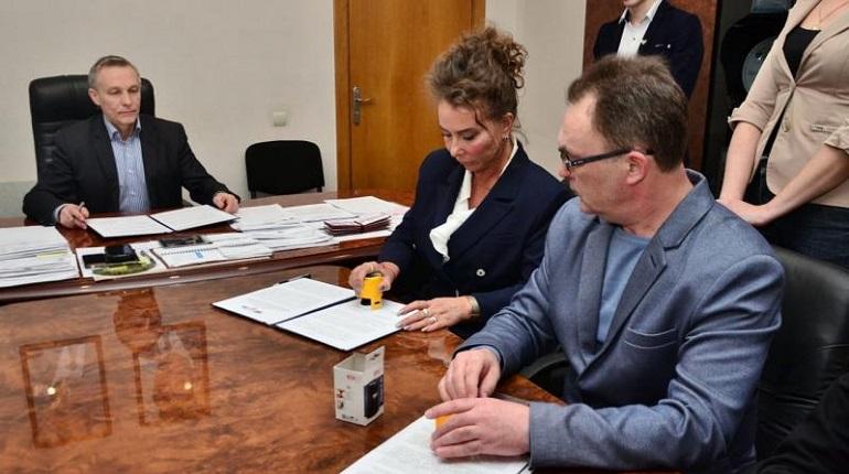 Петербург подписал соглашение о сотрудничестве с ДНР