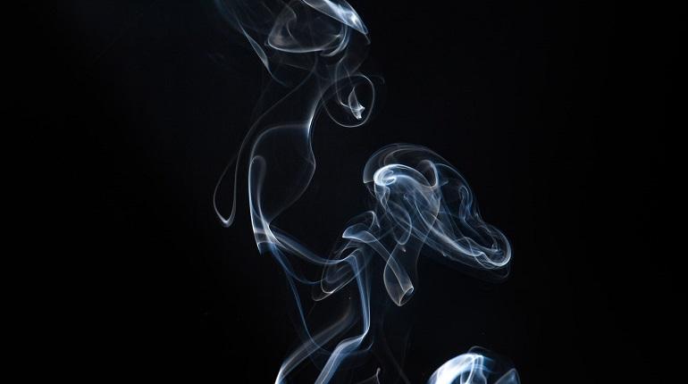 Каждый четвертый россиянин является заядлым курильщиком. Фото: unsplash.com
