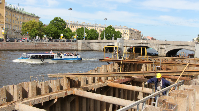 Счета компании, строившей мост Бетанкура, заблокированы