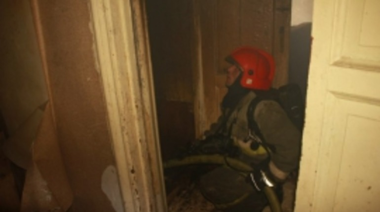 В Приморском районе Петербурга тушили квартирный пожар. Фото: ГУ МЧС по Петербурге
