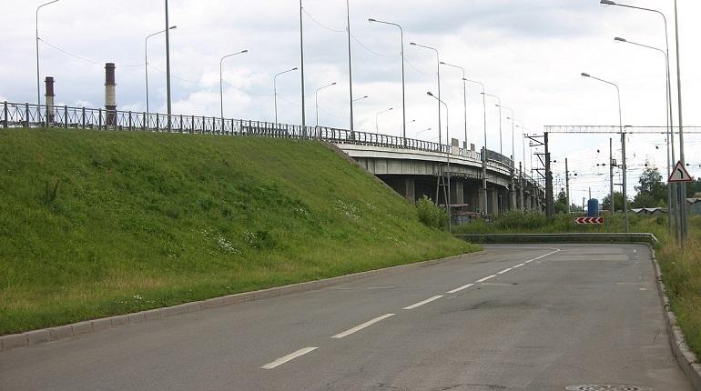 Движение по Ручьевскому путепроводу ограничат на месяц из-за замены асфальта