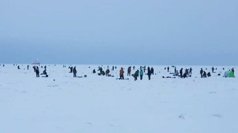 Рыбаки со льдины в Финском заливе эвакуированы. Фото: Инстаграм комплекса защитных сооружений.