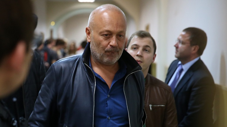 Заключенный бизнесмен Сабадаш отсудил у Сердюкова 1,35 млрд рублей. Фото: Facebook.com