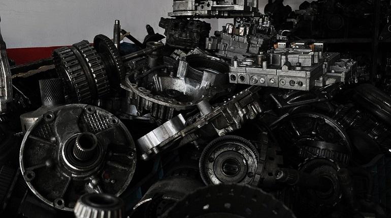 В Петербурге нашли склад с поддельными автозапчастями