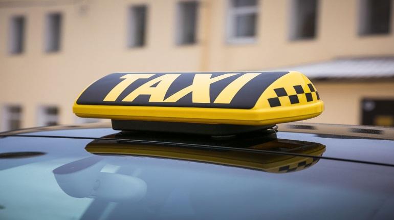Таксисты в Петербурге могут получить новые правила регистрации