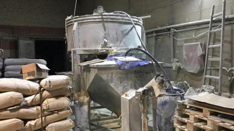 В Петербурге обнаружили склад с 131 тонной санкционки