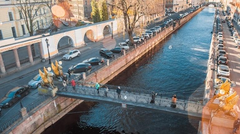 Банковский мост возвращается, но пока без грифонов