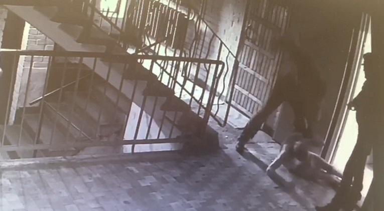 Подозреваемого в жестоком избиении инвалида задержали в Кронштадте
