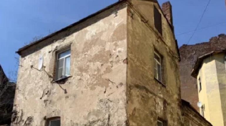 В Выборге за 11 млн продают самый старый жилой дом России