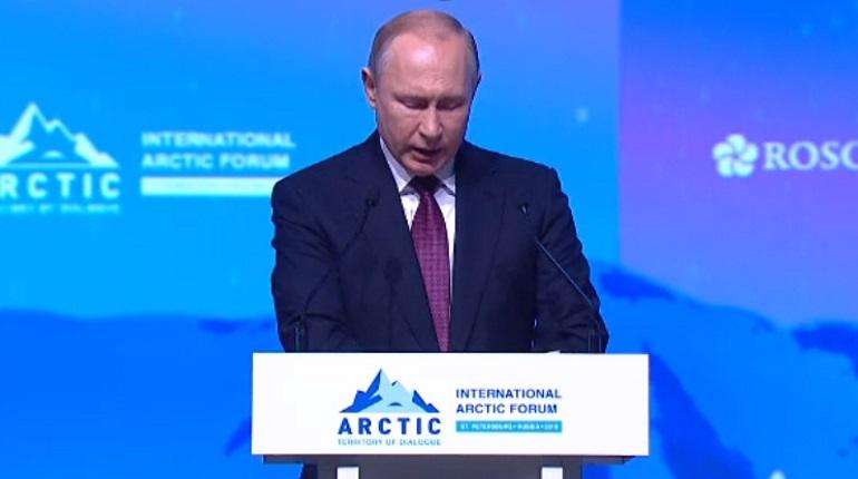 Путин встретится с президентом Исландии в Петербурге