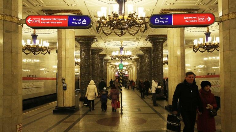 Метрополитену Петербурга исполняется 65 лет