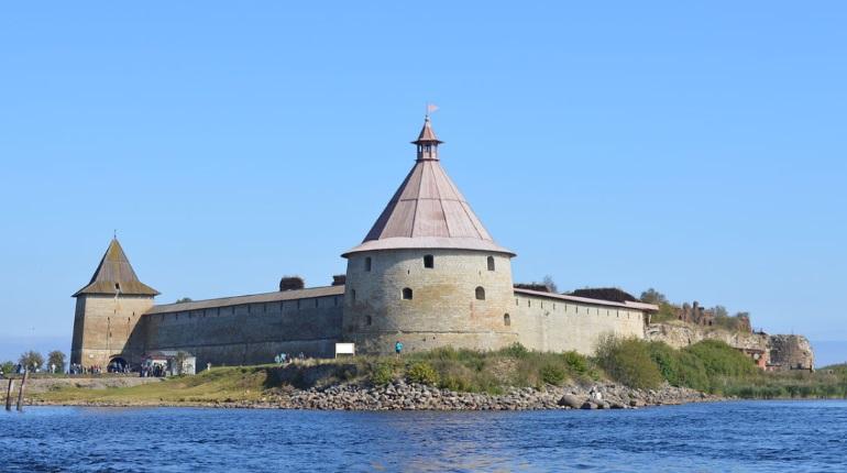 Крепость Орешек впервые встретит туристические лайнеры