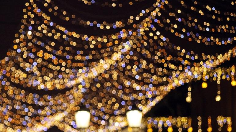 Конкурс на новогоднее освещение мостов Петербурга приостановили из-за жалобы предпринимателя