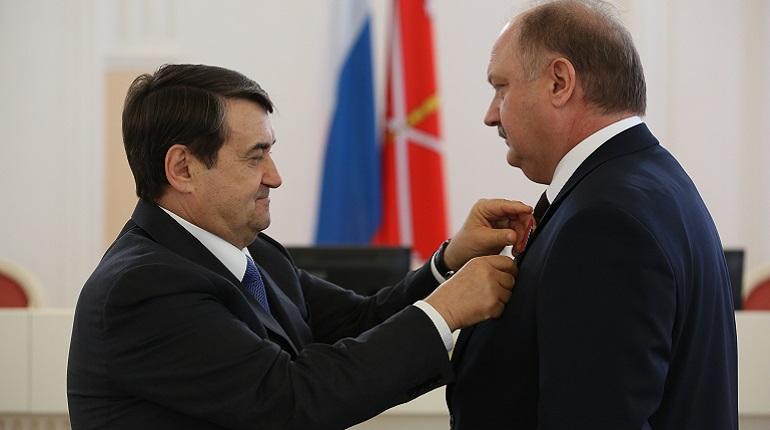 В Смольном наградили чиновников за проведение ЧМ-2018