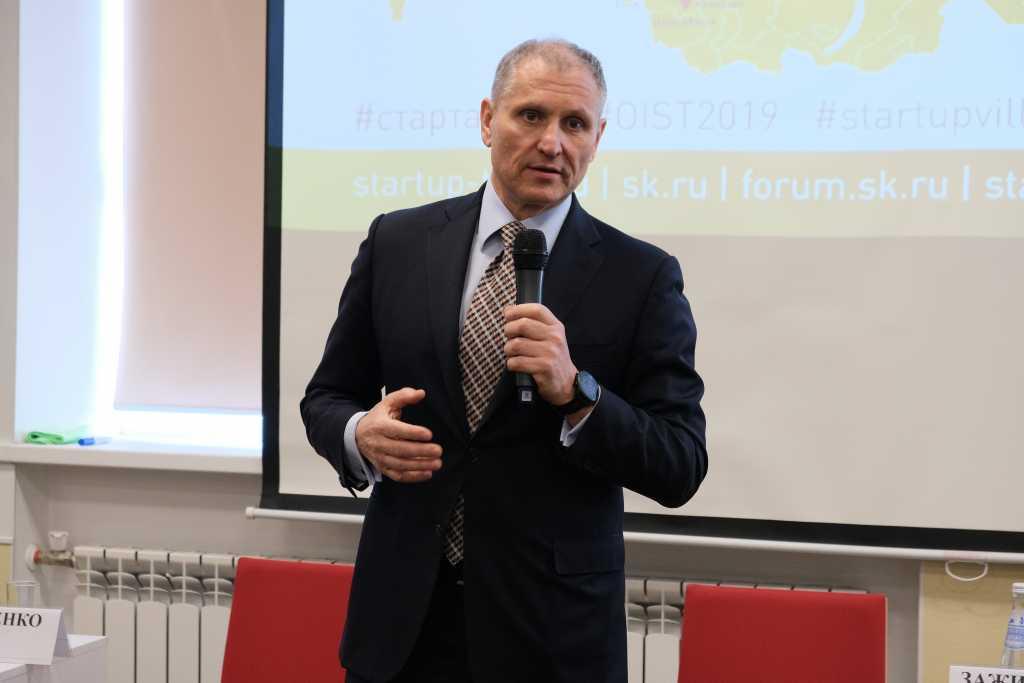 Вице-губернатор Петербурга Елин выступил в прямом эфире о коронавирусе