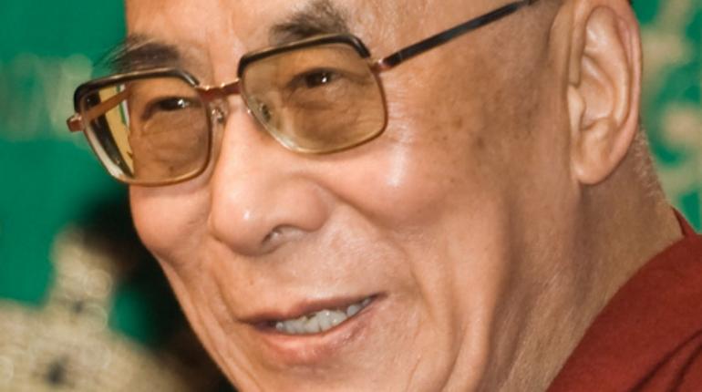 Далай-ламу XIV выписали из больницы Нью-Дели