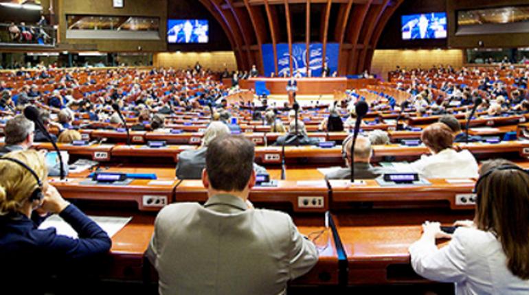 После восстановления РФ делегации пяти стран покинули сессию ПАСЕ
