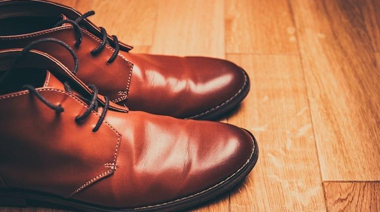 Петербургские эксперты рассказали об удобной обуви для пенсионеров