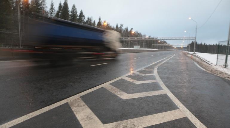 УФАС отменило конкурсы на нанесение дорожной разметки в Ленобласти