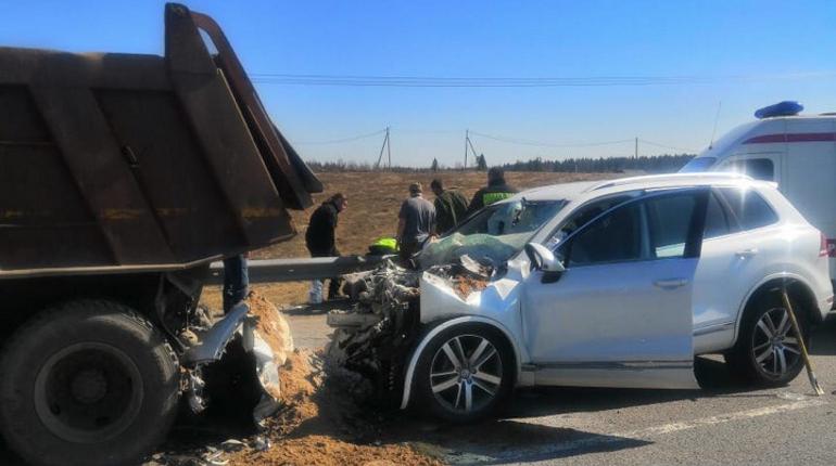 Человек погиб в аварии с самосвалом на «Сортавале»