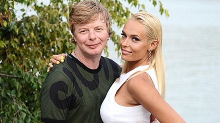 «Рыжий» из «Иванушек International» решил разъехаться с женой
