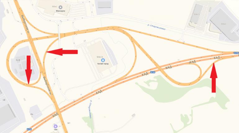 На развязке КАД с Выборгским шоссе перекроют три съезда