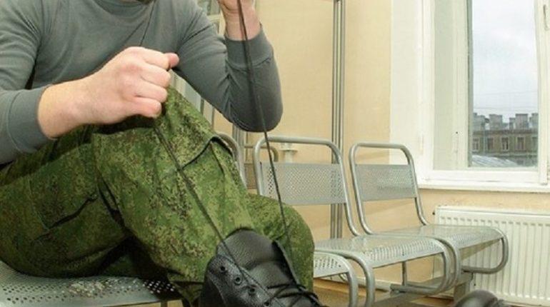 За избиение рядовых лейтенант получил условный срок