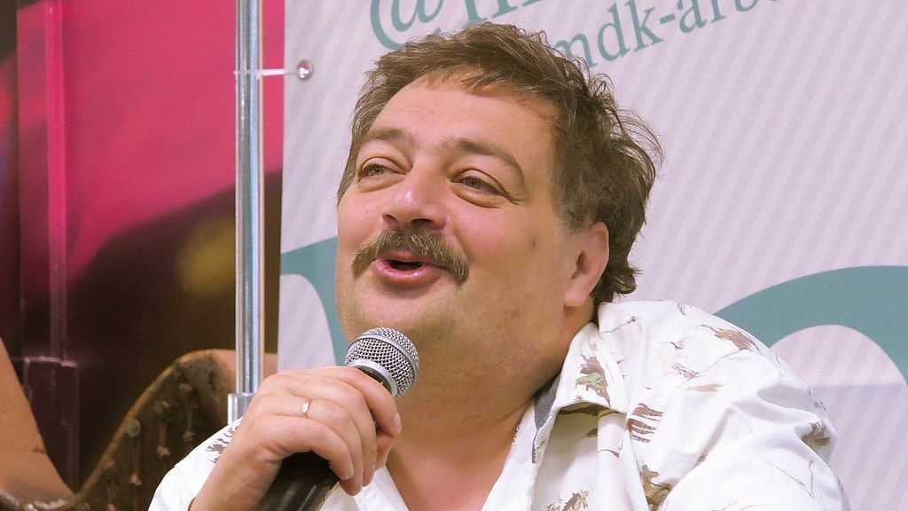 Дмитрий Быков. Фото: wikipedia.org