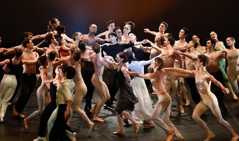 Нет денег на балет Бежара — бери кредит