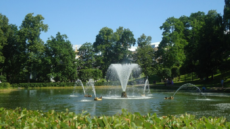 В Петербурге покажут реконструкцию фонтана в Любашинском саду