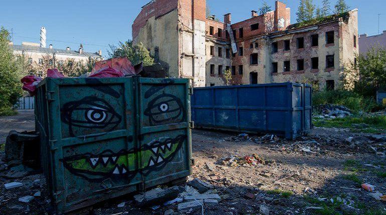 «Мойка78» нашла чиновников, которые согласовывают граффити в Петербурге