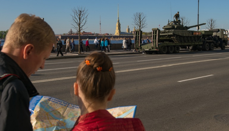 Колесов рассказал, какую погоду петербуржцам ждать на майских праздниках