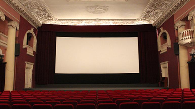 В Петербурге продлили сроки создания национальных фильмов