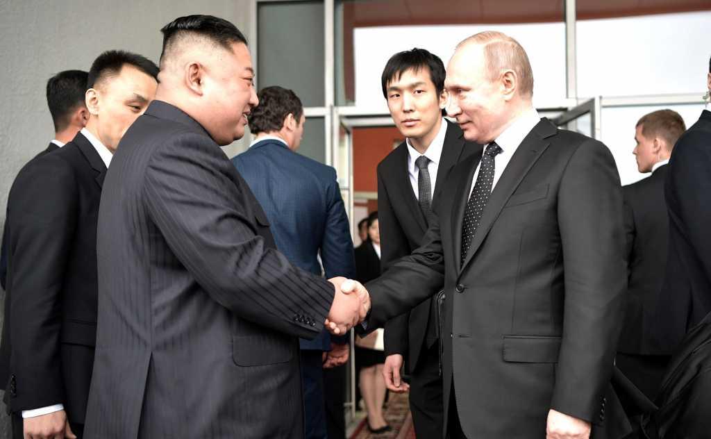 Путин и Ким Чен Ын обменялись «опасными» подарками