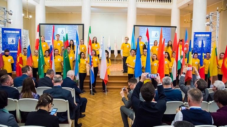 В Петербурге проходит 53-я Международная Менделеевская олимпиада. Фото: vk.com/mmo53