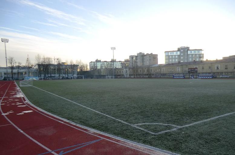 В Петербурге на стадионе «Динамо» проходит «блокадный матч»