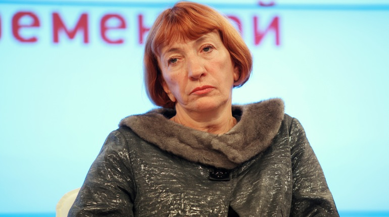 Людмила Фомичева заявила об уходе с должности председателя СЖ Петербурга