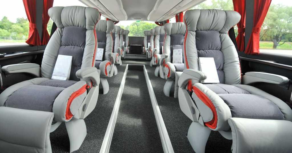 Перевозчик Lux Express возобновляет автобусные рейсы из Петербурга в Хельсинки
