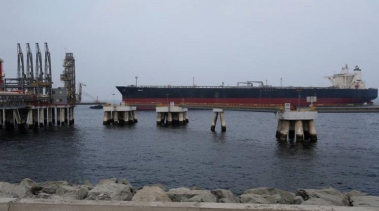 Неизвестные напали на четыре корабля в ОАЭ