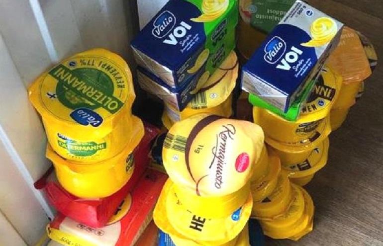 Три центнера запрещенной молочки с Южного рынка отправили в печь